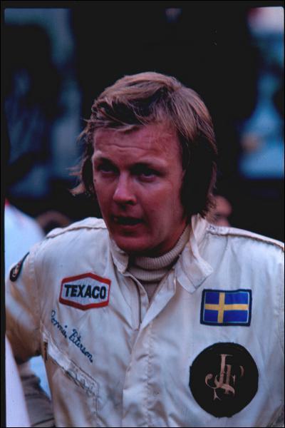 Il a participé à plus de 120 Grands Prix ... .