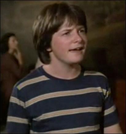Quel fut le premier film de Michael J. Fox, dans lequel il joue simplement le frère cadet de l'un des héros ?