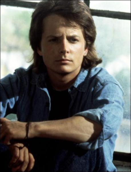 Quel est le titre de ce film dans lequel Michael J. Fox, qui joue un jeune homme calme et pondéré, a pour soeur Joan Jett, toujours en conflit avec leur mère ?
