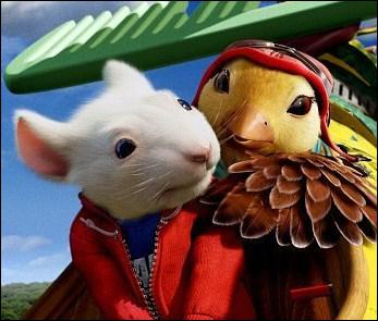 Dans la suite de ce film, il se lie d'amitié avec un petit oiseau nommé :