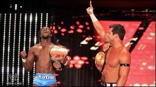 Kofi Kingston et Evan Bourne remettent en jeu le WWE Tag Team Championship...