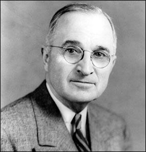 Quelle est la dimension économique de la doctrine Truman proposée en 1947 à tous les états d'Europe ?