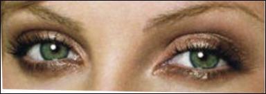 A qui appartiennent ces yeux ?