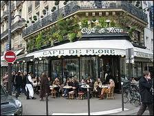Il t'invite dans ce quartier de Paris ... .