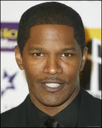 Qui est cet acteur qu'on a pu voir dans 'L'enfer du dimanche', 'Ali', 'Ray' et 'Le Royaume' ?