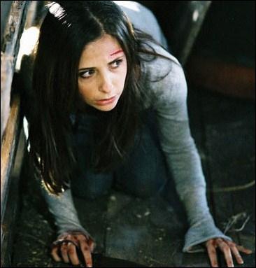 Dans quel film se met-elle à souffrir de graves hallucinations alors qu'elle traverse une étrange petite ville déserte ?