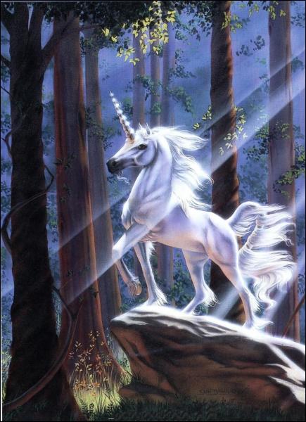 Quel animal fabuleux est représenté avec un corps de cheval et portant une longue corne torsadée au milieu du front ?