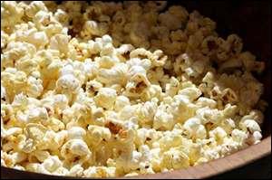 Où mange t-on la plupart du temps des pop-corn ?