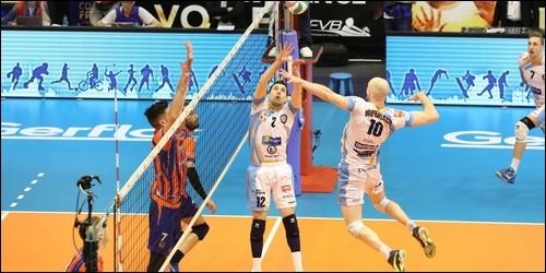 Combien de joueurs se compose une équipe de volley-ball ?