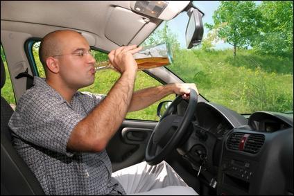On peut être verbalisé si on fume, si on boit (de l'eau) ou si on mange au volant.
