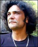 En 1993, Helno, le chanteur du groupe 'Les Négresses Vertes' décède d'une overdose. Qui est l'autre chanteur de ce groupe de rock alternatif français formé en 1987 ?