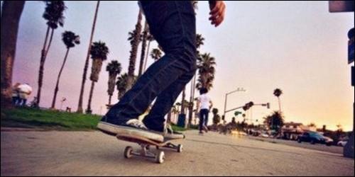 Dans quel Etat des Etats-Unis est né le skateboard ?