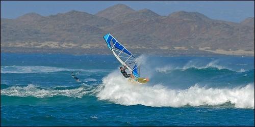 Comment s'appelle l'endroit où les vagues se forment au mieux pour le funboard ?