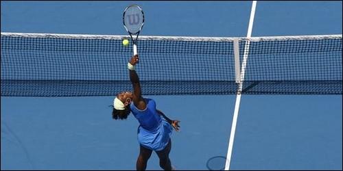 """Au tennis, comment appelle-t-on une balle qui monte """"en chandelle"""" au-dessus du court ?"""