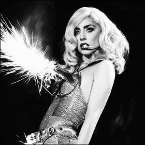 En quelle année est sorti le single Alejandro de Lady Gaga ?