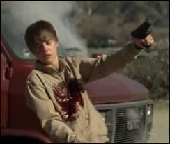 Dans quelle série télé a-t-on pu voir Justin Bieber jouer le rôle d'un adolescent perturbé qui meurt criblé de balles tirées par la police ?