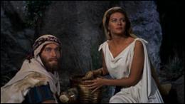 Moïse s'enfuit pour retrouver ses vraies racines et devient un simple berger. Comment s'appelle la femme qu'il épouse à ce moment-là ?