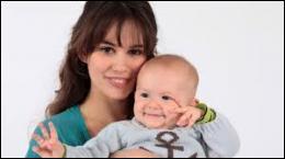 Elle donne naissance à un adorable petit garçon lors de la saison 1. Quel prénom donne-t-elle au bébé ?