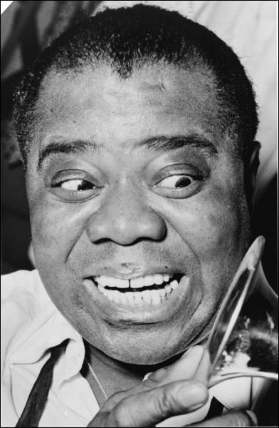 Musicien de jazz américain (1901 - 1971), c'est :