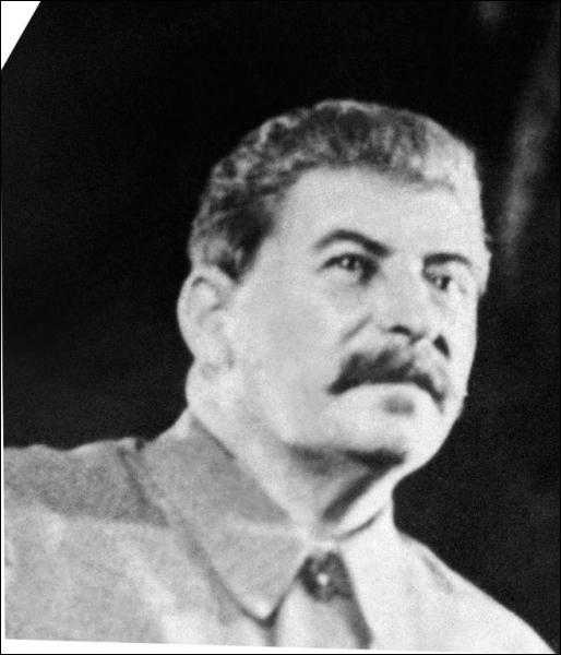 Chef d'Etat soviétique (1879 - 1953), c'est :