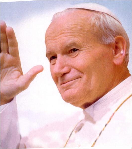 Evêque polonais élu pape (1920 - 2005), c'est :