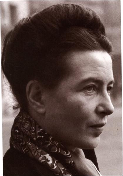 Femme de lettres française (1908 - 1986), c'est :