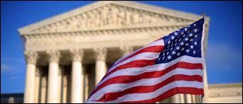 Cent ans plus tard, en 1980, la nation Sioux saisit la plus haute instance juridique des Etats-Unis. La Cour Suprême reconnait que les indiens ont été spoliés de leurs terres et leur octroi un dédommagement. Lequel ?