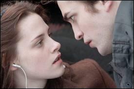 Combien de fois Edward sauve-t-il la vie de Bella ? (Fascination)