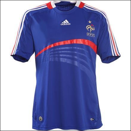 A quelle équipe appartient ce maillot ? (pour la beauté du mailot)
