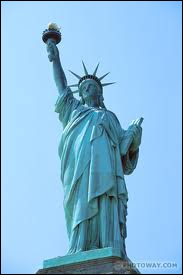Sculpteur né à Colmar, auteur de la Statue de la Liberté, je suis