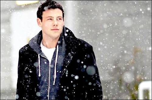 Avec qui sort Finn dans la saison 3 ?
