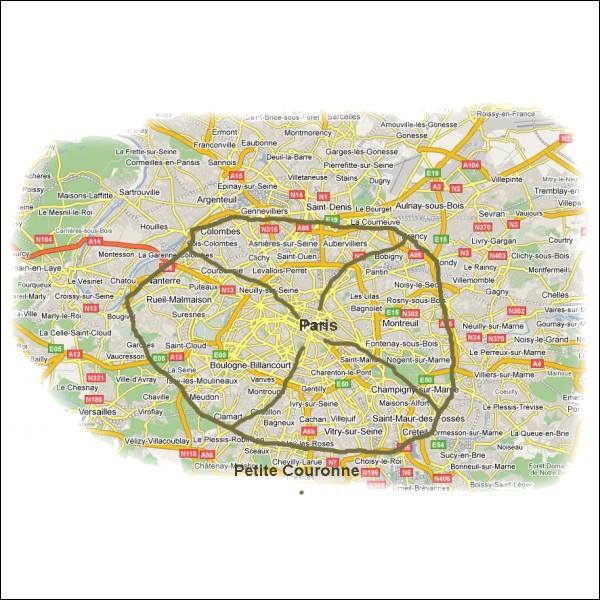 Quels sont les trois départements de la banlieue parisienne qui entrent dans la Petite Couronne ?