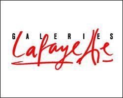 Celui-ci est assez simple. C'est le logo des Galeries Lafayette. Regardez les deux T du mot 'Lafayette'. Ces deux T représentent un bâtiment très connu, lequel ?