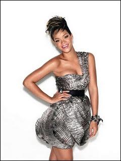 Quelle pointure chausse Rihanna ?