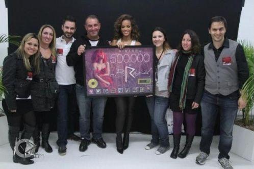Pour les Rihanna Navy's