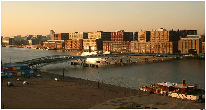 Quel port hollandais a-t-il chanté ?