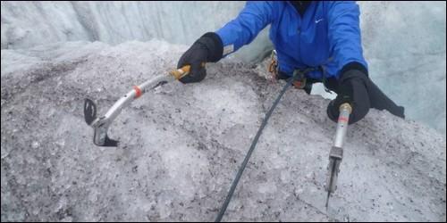 Quelle est la technique d'escalade d'une pente de glace ?
