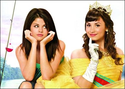 Qui a joué avec elle dans 'Princess Protection Program : Mission Rosalinda ' ?