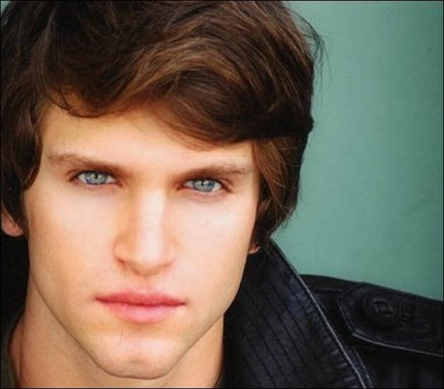 Mon personnage s'appelle Toby. Je suis...