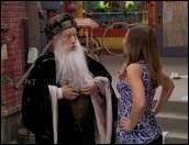 Quel est le nom de ce vieux magicien, sage et puissant ?
