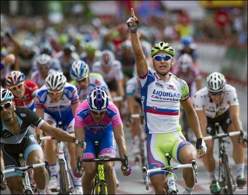 Ce sprinter de la Liquigas est une des révélations de cette année 2011. Il a remporté cette saison 3 étapes lors de la Vuelta et totalise 14 victoires cette saison ! Qui est-ce ?