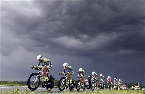 A l'oeuvre l'équipe Liquigas. Combien celle-ci a-t-elle remporté de grand Tour lors des saisons 2010 et 2011 ?