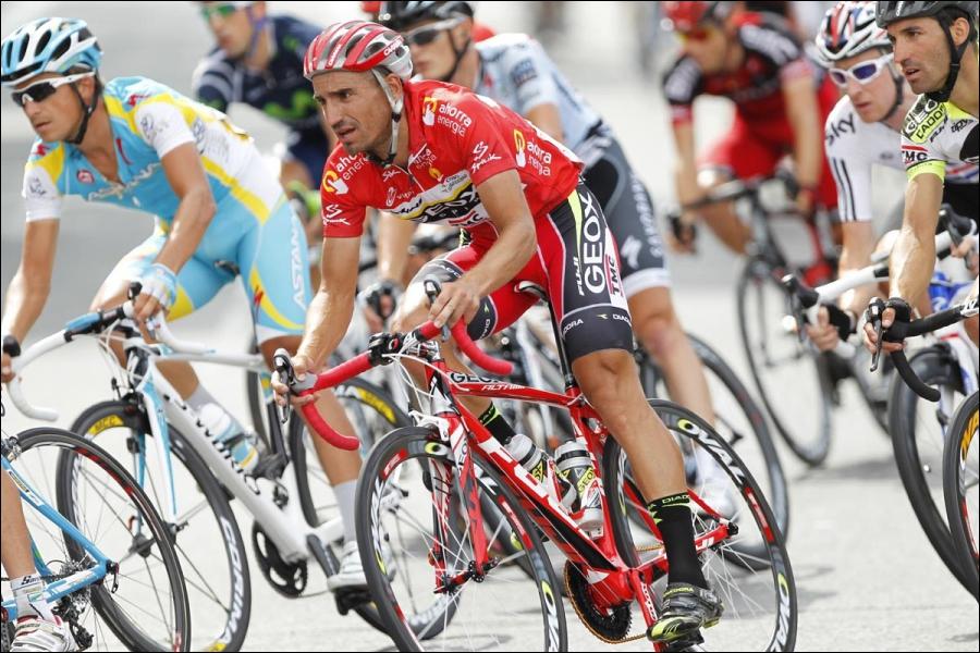 Enfin, nous voyons ici le vainqueur de la Vuelta 2011. Qui est ce coureur de la Geox ?