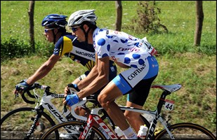 Quel est ce coureur qui remporta en cette année 2011 pour la 4ème fois consécutive le classement de la montagne de la Vuelta ?