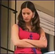 Comment s'appelle la soeur d'Andrès qui fait une apparition lors de la saison 1 ?