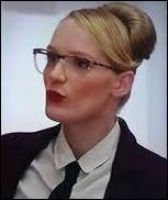 Quel est le nom de la nouvelle prof particulière de Violetta qui remplace Angie ?