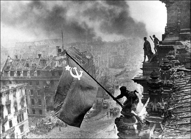 Quand chute l'URSS ?
