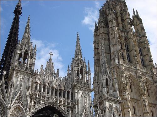 Quel est le siècle des cathédrales ?
