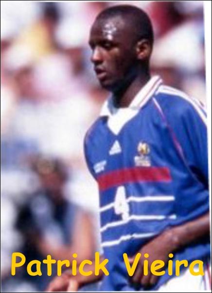 Ce joueur a-t-il été champion du monde de football avec la France en 1998 ?