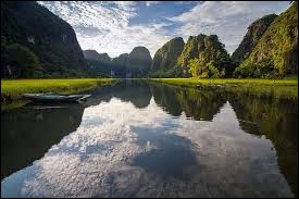 Je me permets de vous rappeler la consigne : une erreur s'est glissée sur un fleuve, à vous de la détecter.